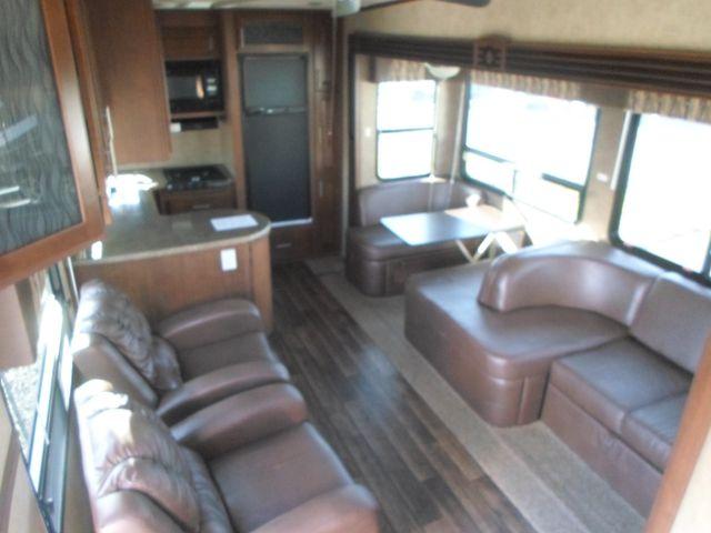 2012 Komfort 2920FRK Salem, Oregon 10