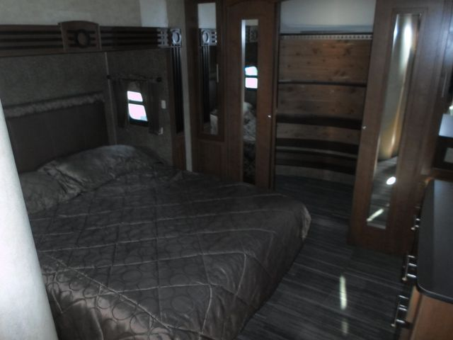 2012 Komfort 2920FRK Salem, Oregon 11