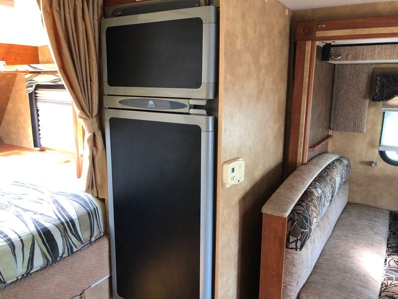 2012 Lance 855S   in Avondale, AZ