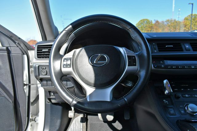 2012 Lexus CT 200h Naugatuck, Connecticut 22
