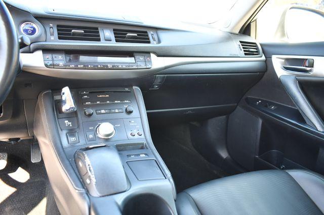 2012 Lexus CT 200h Naugatuck, Connecticut 23