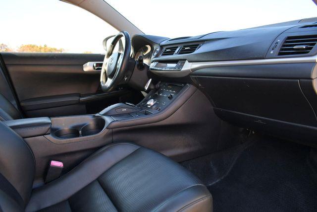 2012 Lexus CT 200h Naugatuck, Connecticut 8