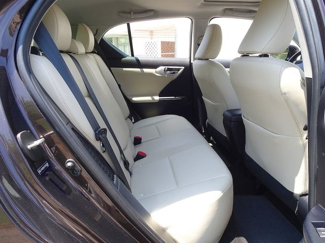 2012 Lexus CT 200h Madison, NC 32