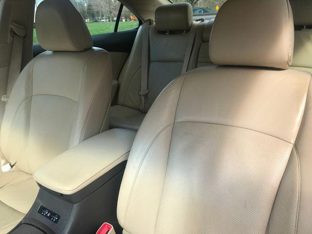 2012 Lexus ES 350 Leesburg, Virginia 13