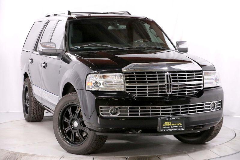 2012 Lincoln Navigator - Nav - Sunroof - SONY Sync  city California  MDK International  in Los Angeles, California