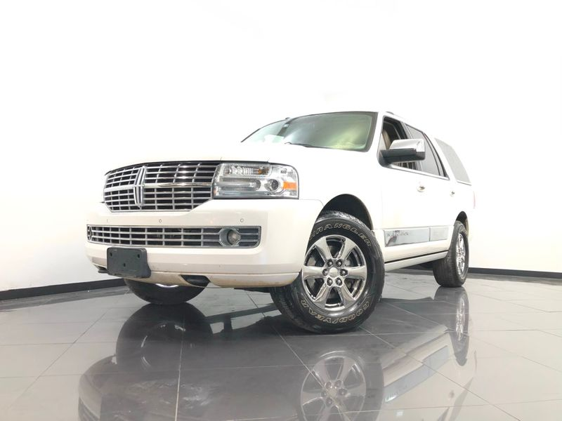 2012 Lincoln Navigator *Drive TODAY & Make PAYMENTS* | The Auto Cave in Dallas