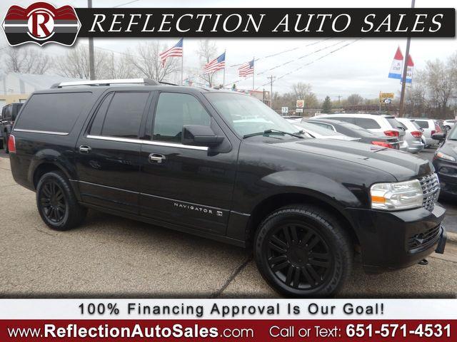 2012 Lincoln Navigator L in Oakdale, Minnesota 55128