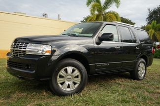 2012 Lincoln Navigator Base in Lighthouse Point FL