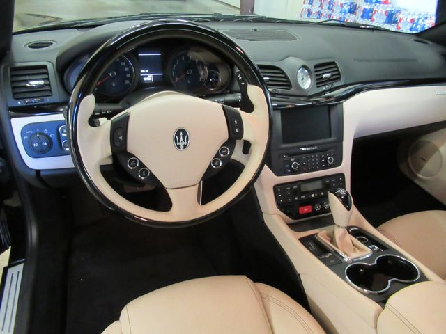 2012 Maserati GranTurismo Convertible Austin , Texas 26