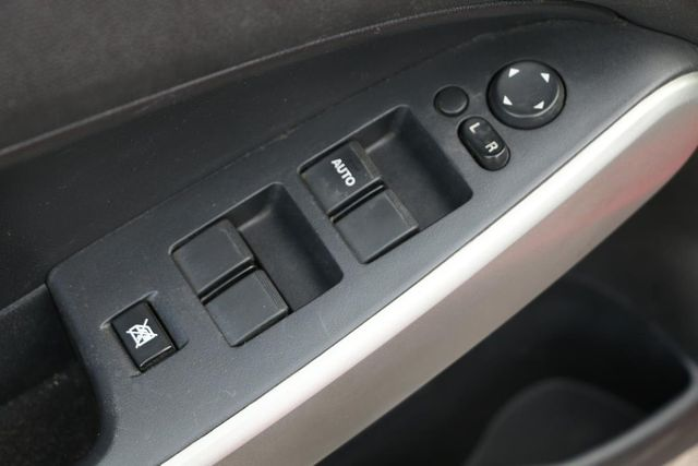 2012 Mazda Mazda2 Sport Santa Clarita, CA 21