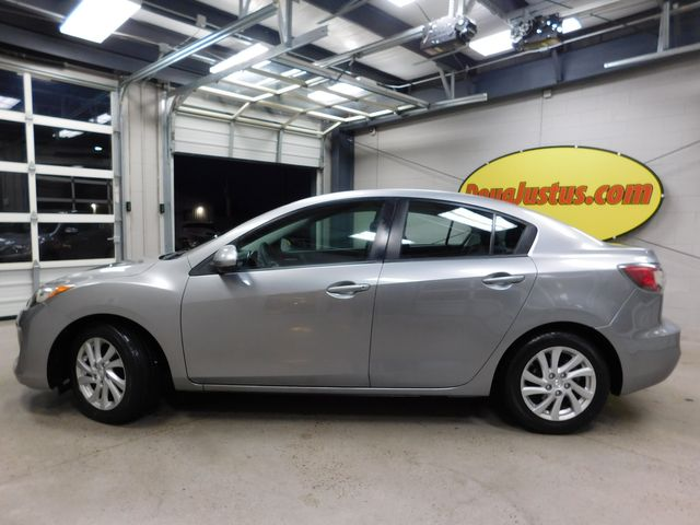 2012 Mazda Mazda3 i Touring in Airport Motor Mile ( Metro Knoxville ), TN 37777