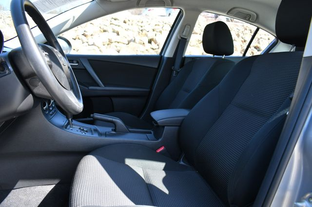 2012 Mazda Mazda3 i Sport Naugatuck, Connecticut 21