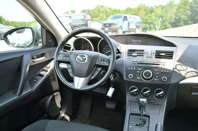 2012 Mazda Mazda3 i Touring Naugatuck, Connecticut 17
