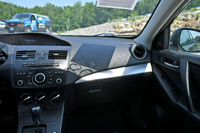 2012 Mazda Mazda3 i Touring Naugatuck, Connecticut 19