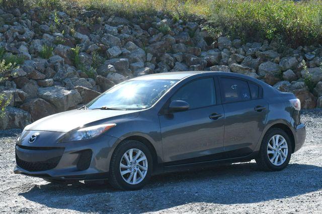 2012 Mazda Mazda3 i Touring Naugatuck, Connecticut 2