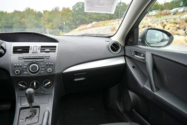 2012 Mazda Mazda3 i Touring Naugatuck, Connecticut 12