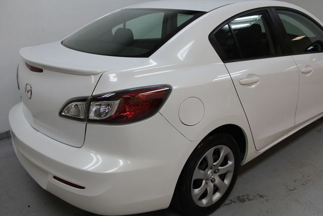 2012 Mazda Mazda3 i Sport Richmond, Virginia 3