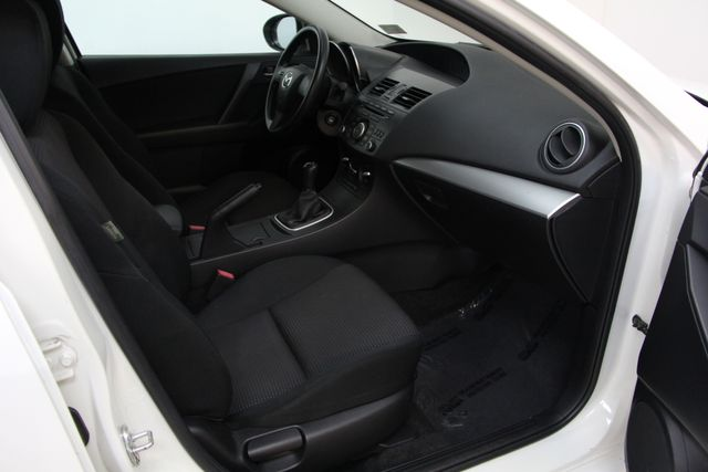 2012 Mazda Mazda3 i Sport Richmond, Virginia 14