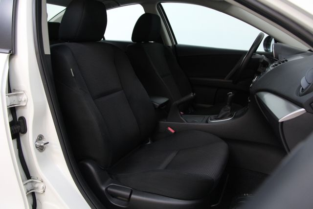 2012 Mazda Mazda3 i Sport Richmond, Virginia 18