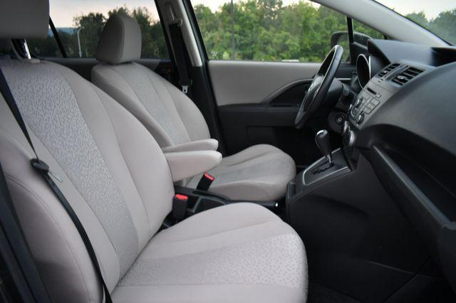 2012 Mazda Mazda5 Touring Naugatuck, Connecticut 9