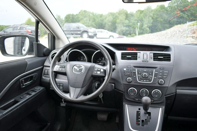 2012 Mazda Mazda5 Sport Naugatuck, Connecticut 13