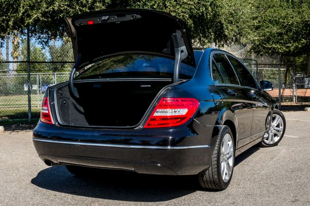 2012 Mercedes-Benz C 250 Luxury Reseda, CA 11