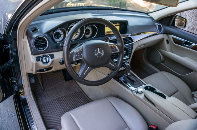 2012 Mercedes-Benz C 250 Luxury Reseda, CA 15