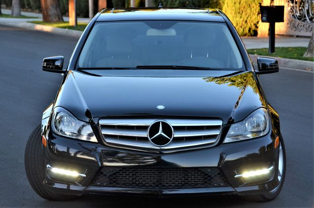 2012 Mercedes-Benz C 250 Luxury Reseda, CA 9