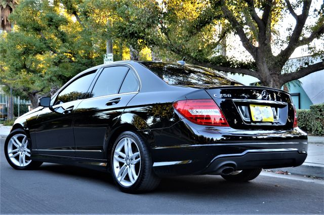 2012 Mercedes-Benz C 250 Luxury Reseda, CA 4