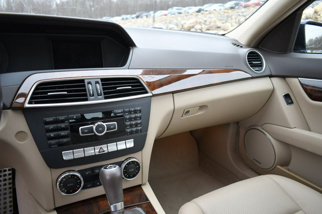 2012 Mercedes-Benz C 300 4Matic Naugatuck, Connecticut 21