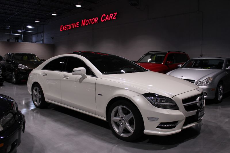 2012 Mercedes-Benz CLS 550 4MATIC  Lake Forest IL  Executive Motor Carz  in Lake Forest, IL