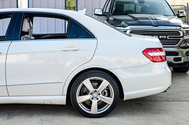 2012 Mercedes-Benz E 350 Luxury Navigation W/ Premium 1 Package Very Nice!! in Rowlett, Texas