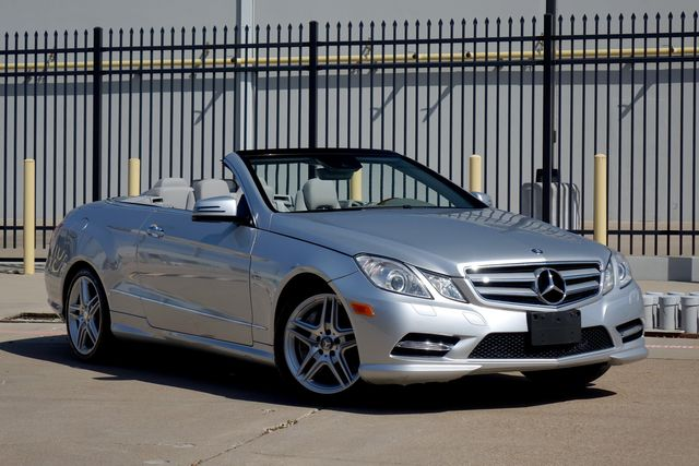 2012 Mercedes-Benz E 550 * AMG Pkg* Premium Pkg 2* Wood Trim Pkg* Low Miles | Plano, TX | Carrick's Autos in Plano TX