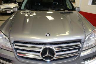 2012 Mercedes Gl450, 4-Matic DVD, B/U CAM, LANE CHANGE ASSIST, 3RD ROW!~ LOADED Saint Louis Park, MN 37