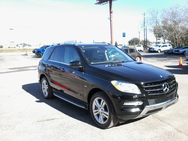 2012 Mercedes-Benz ML 350 4matic(AWD) Boerne, Texas 3