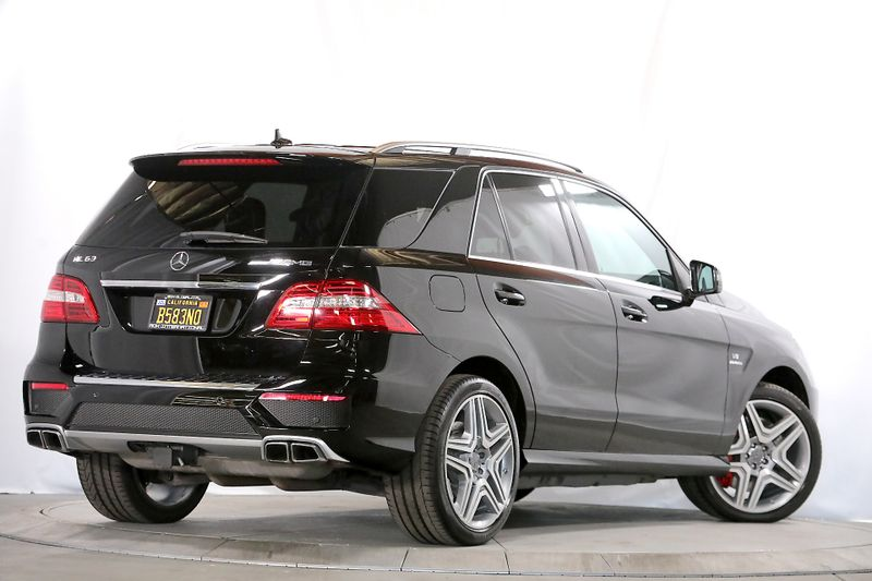 2012 Mercedes-Benz ML 63 AMG - Performance pkg - 21 wheels  city California  MDK International  in Los Angeles, California