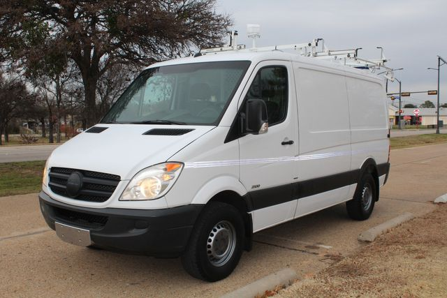 2012 Mercedes-Benz Sprinter 2500 Cargo Contractor Service Van  W/ Up-Fit Package & Ladder Racks Irving, Texas 3
