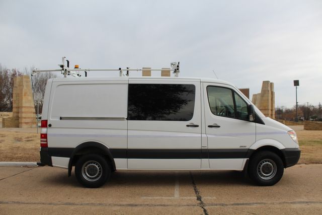 2012 Mercedes-Benz Sprinter 2500 Cargo Contractor Service Van  W/ Up-Fit Package & Ladder Racks Irving, Texas 7