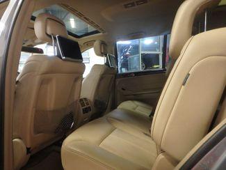 2012 Mercedes Gl450, 3rd Row DVD, B/U CAM, ALL WHEEL DRIVE. READY!~ Saint Louis Park, MN 17