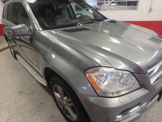 2012 Mercedes Gl450, 3rd Row DVD, B/U CAM, ALL WHEEL DRIVE. READY!~ Saint Louis Park, MN 34