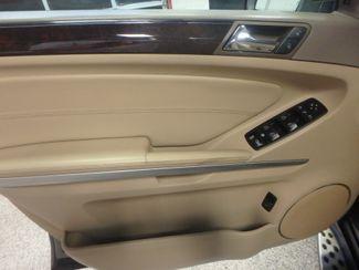 2012 Mercedes Gl450, 3rd Row DVD, B/U CAM, ALL WHEEL DRIVE. READY!~ Saint Louis Park, MN 9