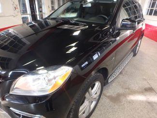 2012 Mercedes Ml350, Awd, LOADED, LUXURIOUS, TIGHT, STUNNING!~ Saint Louis Park, MN 36