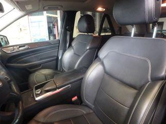 2012 Mercedes Ml350, Awd, LOADED, LUXURIOUS, TIGHT, STUNNING!~ Saint Louis Park, MN 8