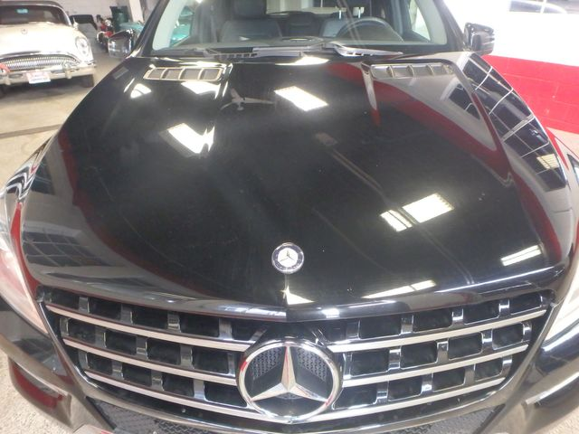 2012 Mercedes Ml350, Awd, LOADED, LUXURIOUS, TIGHT, STUNNING!~ Saint Louis Park, MN 34