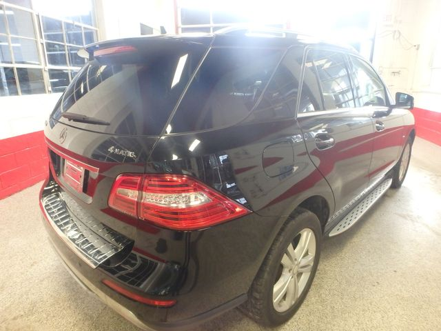 2012 Mercedes Ml350, Awd, LOADED, LUXURIOUS, TIGHT, STUNNING!~ Saint Louis Park, MN 12