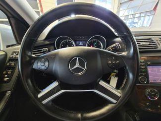 2012 Mercedes R 350 3RD ROW, AWD LOADED FAMILY MOVER! Saint Louis Park, MN 13