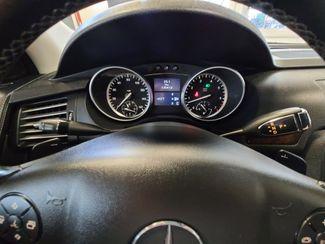 2012 Mercedes R 350 3RD ROW, AWD LOADED FAMILY MOVER! Saint Louis Park, MN 19