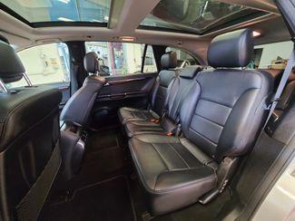 2012 Mercedes R 350 3RD ROW, AWD LOADED FAMILY MOVER! Saint Louis Park, MN 20