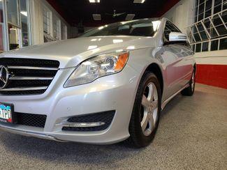 2012 Mercedes R 350 3RD ROW, AWD LOADED FAMILY MOVER! Saint Louis Park, MN 38