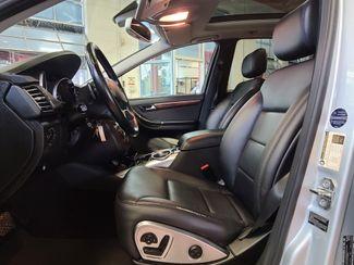 2012 Mercedes R 350 3RD ROW, AWD LOADED FAMILY MOVER! Saint Louis Park, MN 3